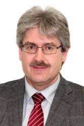 Dr. Stefanus Fischer