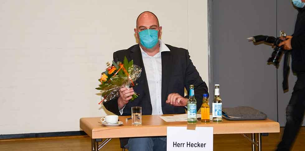 Daniel Hecker, Bezirksbürgermeister